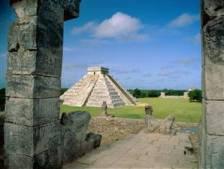 Bir Maya Piramidi
