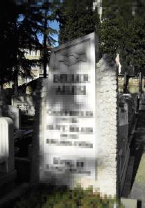Birbirine Sarılmış İki El Sembolü – Bülbülderesi Mezarlığı