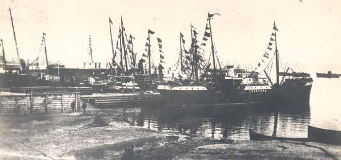 Sovyet Rusya'sının askeri gemileri Bakü limanında. Mayıs 1920