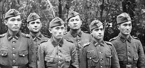 """1921""""de yaşanan büyük açlık sırasında100 bin civarında Kırım Tatarı hayatını kaybetti ile ilgili görsel sonucu"""