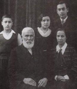 Abdürreşid İbrahim Efendi ve ailesi